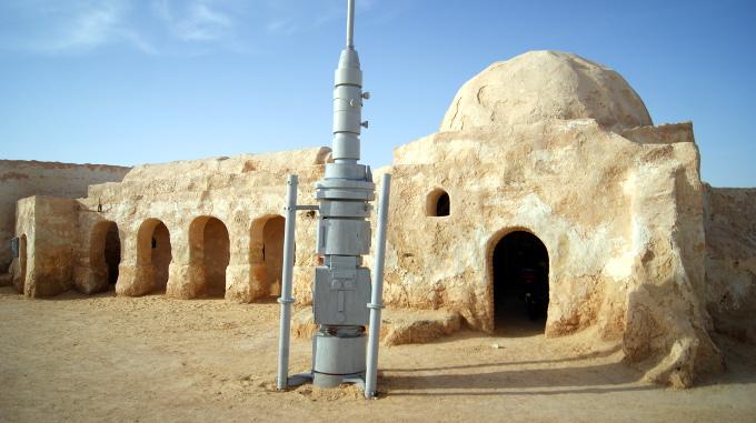 Wkład Hollywood w tunezyjską infrastrukturę mieszkalną
