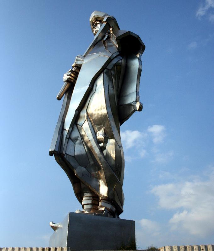 Pomnik Janosika bardzo melancholijnie góruje nad Terchową