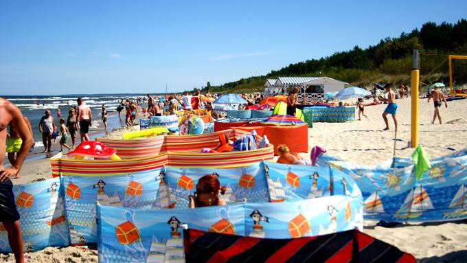 W przyszłym roku plażowicz planują podobno instalować w plażowych domkach telewizory
