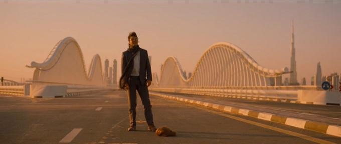 Tom Cruise opuszcza Dubaj załamany. Wszystkie wieżowce nadal stoją