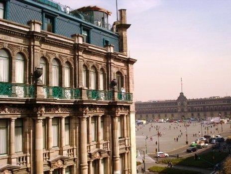 Ostatnie spojrzenie na fasadę Gran Hotel Ciudad de Mexico
