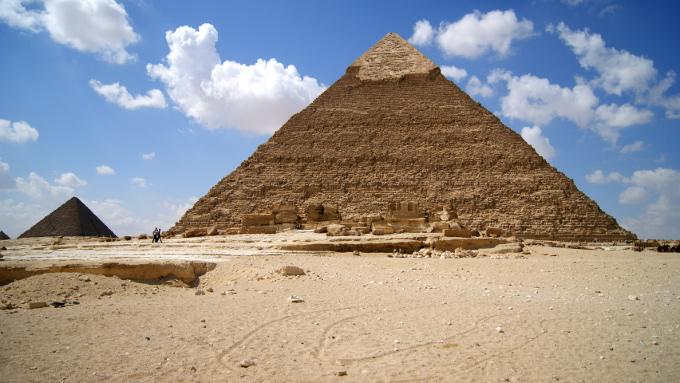 Choć niektórym piramidy też się nie podobają, bo są nieco podniszczone...