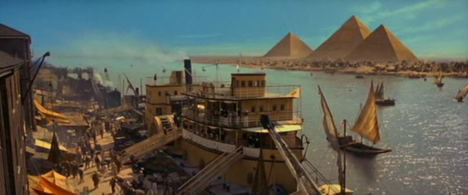 """Widok na piramidy według twórców """"Mumii"""". Próżno szukać martwego konia"""